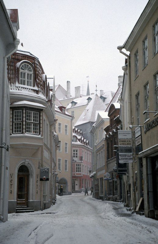 The back streets of Tallinn, taken in January 2004.  A subtly coloured imaged from winter shrouded Estonia.  